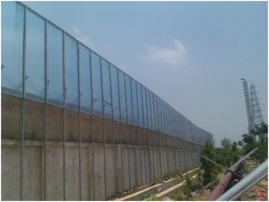 Polycarbonate--PMMA-Noise-Barrier-01