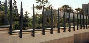 acrylic-sheet-noise-barrier-500x500