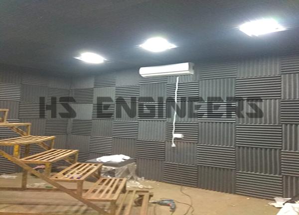 engine sound testing room