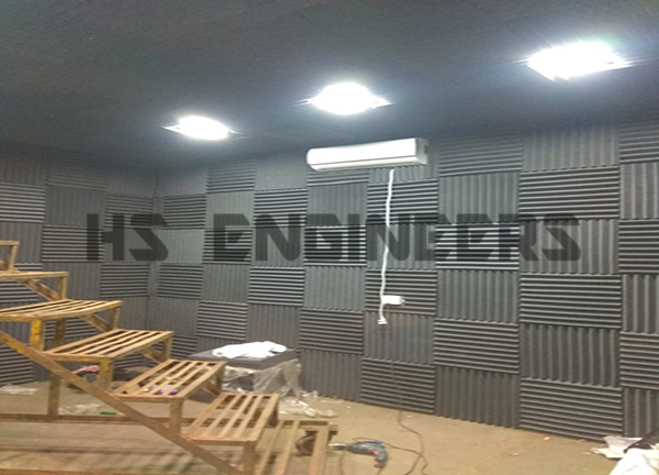 engine sound testing room